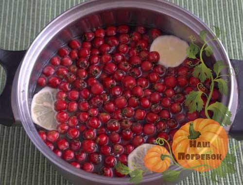 boyaryshnik-s-limonom-varene