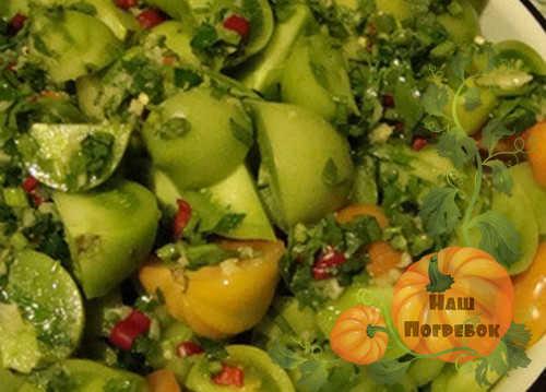 burye-i-zelenye-pomidory-marinovannye