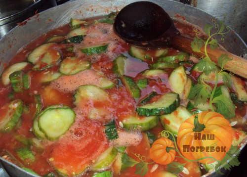 varka-ogurcov-s-tomatom
