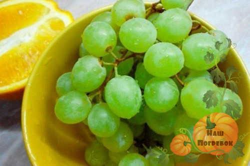 vinograd-i-apelsiny-dlya-kompota