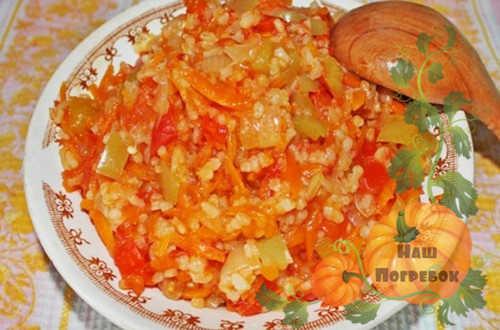 zelenye-pomidory-s-risom