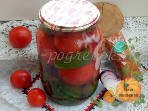 ogurcy-s-pomidorami-na-zimu-recept-s-foto-na-litrovuyu-banku