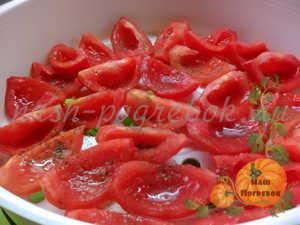 pomidory-v-parovoj-korzine-ot-multivarki