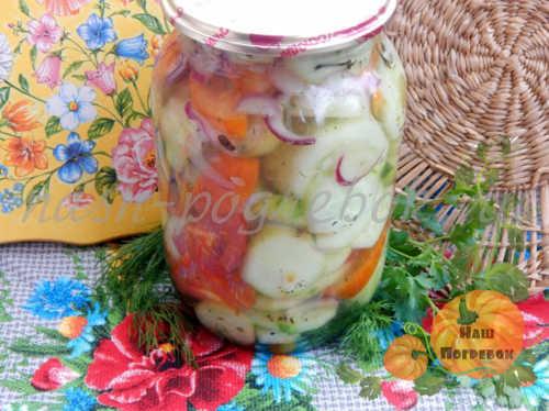 salat-iz-ogurcov-i-pomidorov-na-zimu-recept-s-foto-ochen-vkusnyj