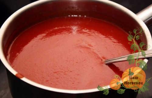 tomatnyj-sok-dlya-salata-s-ogurcami
