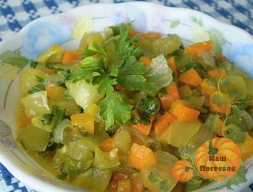 ikra-iz-zelenyh-pomidorov-kusochkami