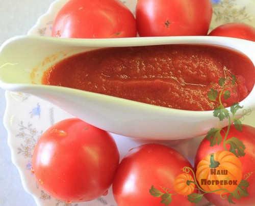 kak-prigotovyt-ketchup-iz-pomidorov-na-zimu-palchiki-oblizhesh