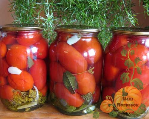 ochen-vkusnye-marinovannye-pomidory-na-zimu-sladkie