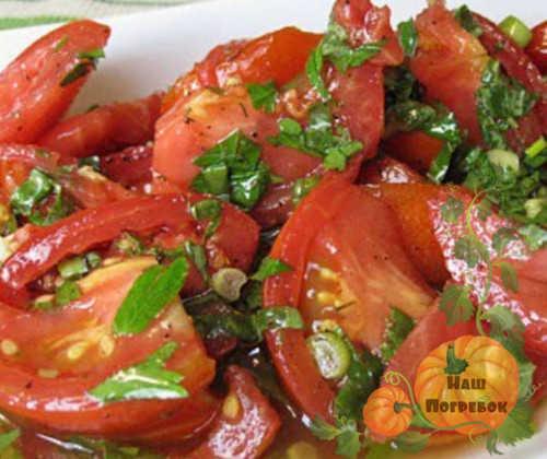 pomidory-po-korejski-bystrogo-prigotovleniya-i-na-zimu-recept