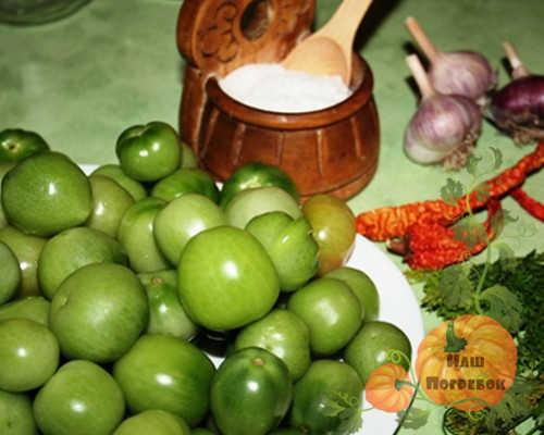 produkty-dlya-adzhiki-iz-zelenyh-pomidor