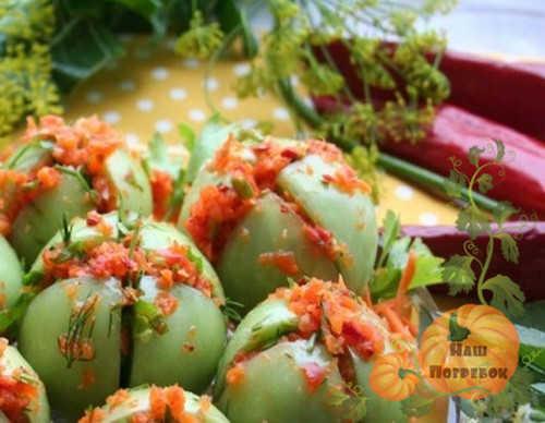 zelenye-pomidory-po-korejski-farshirovannye