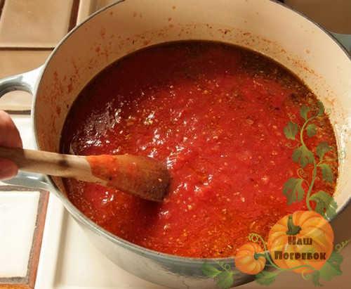 varka-ketchupa-so-speciyami