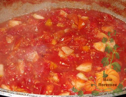 varka-yablok-v-tomate