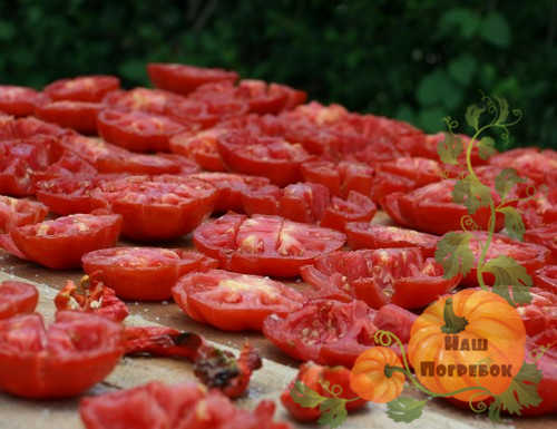 vyalenye-pomidory-na-solnce