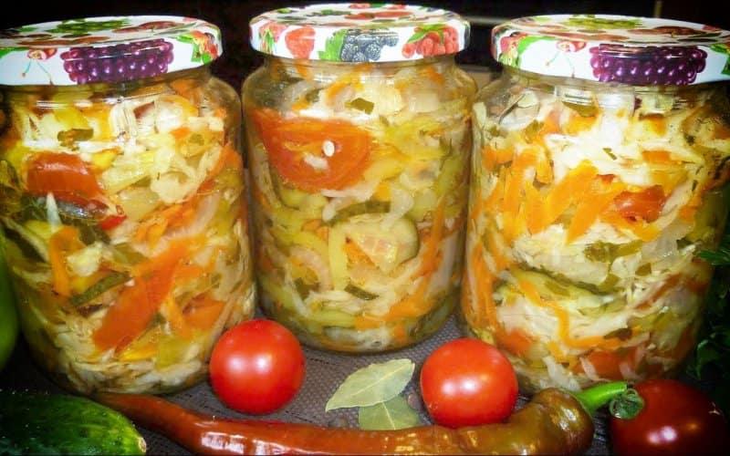 kapustoj-pomidorami-i-ogurcami