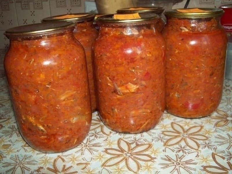 salat-s-kilkoj-i-ovoshchami-na-zimu-samye-vkusnye-recepty
